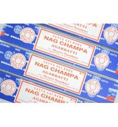 Incenso Nag Champa. Lotto di 60 bastoncini di marca Satya Sai Baba