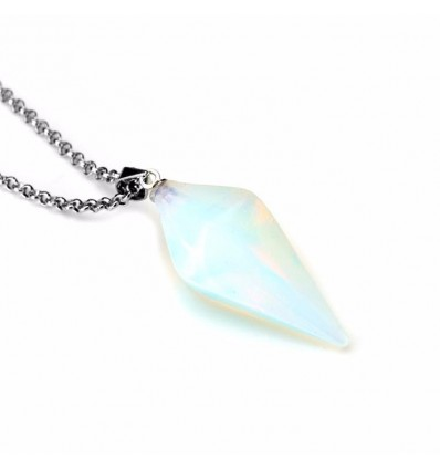 Necklace with pendant in white Opal natural style pendulum. Love, sensuality, intuition.