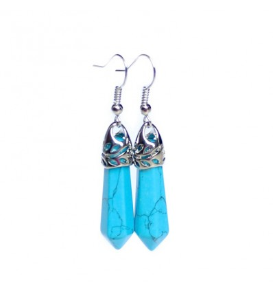 Pair of earrings in turquoise, clasp silver plated.