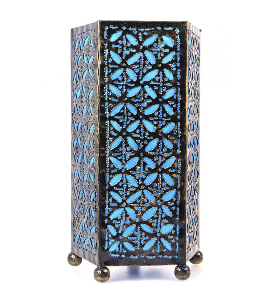 Lampe de chevet artisanale en fer forgé turquoise. Chambre orientale.