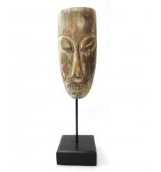 Masque tribal primitif africain sur pied à poser. Déco arts premiers.