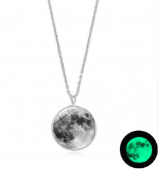 "Necklace ""full moon"" phosphorescent"