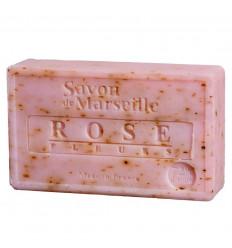 Il sapone di marsiglia naturale con petali di rosa. Fatti a mano sapone.