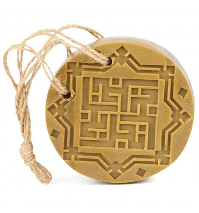 Soap of Aleppo to suspend scent of Amber and Oud, fragrance is oriental woody.