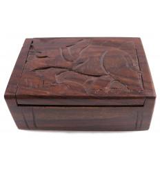 Boîte cadeau en bois, écrin bijoux sculpture éléphant. Artisanal.