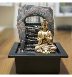 Fontana coperta dorata del Buddha Zen Dao. Illuminazione a Led.