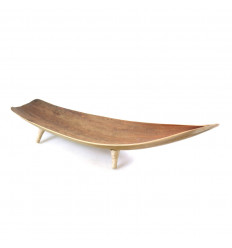 Deco table style boat in coconut leaves. Center Table, ethnic chic.