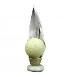 Lampe de salon ethnique feuille cocotier, objet original fait main.