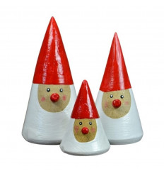 3 statuettes Père Noël en bois avec chapeau pointu. Déco de Noël artisanale.