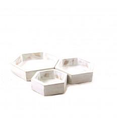 Set di 3 vassoi di presentazione per gioielli - Display esagonali in legno grezzo